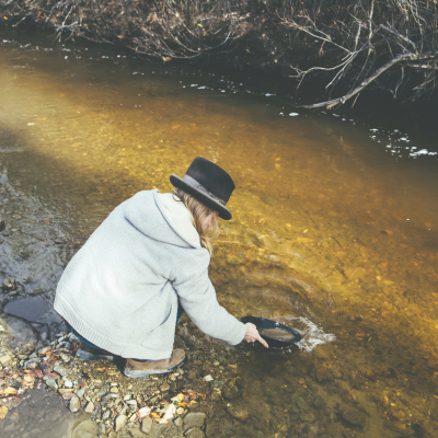 Panning for gold at Rabbit Creek
