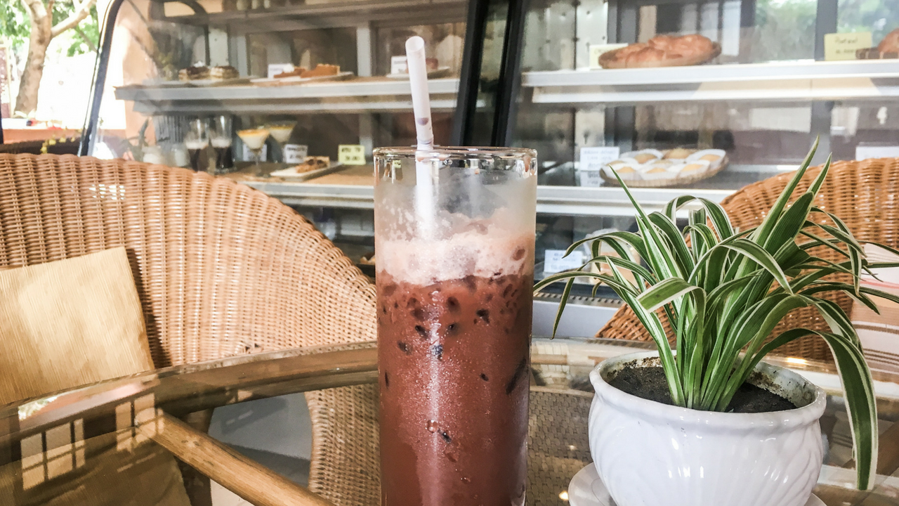 Vietnamese Food and Vietnamese Coffee at Thanh Tam Coffee and Bakery Da Nang Restaurants