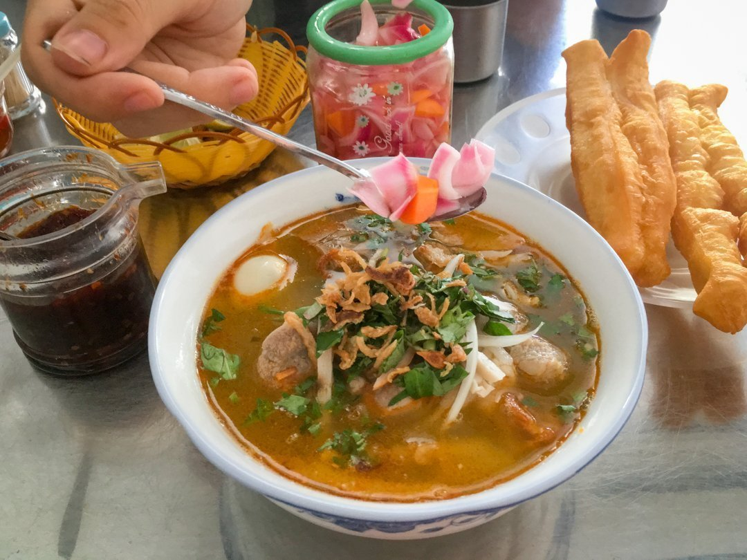 Banh Canh Noodles one of the Best Vietnamese Dishes