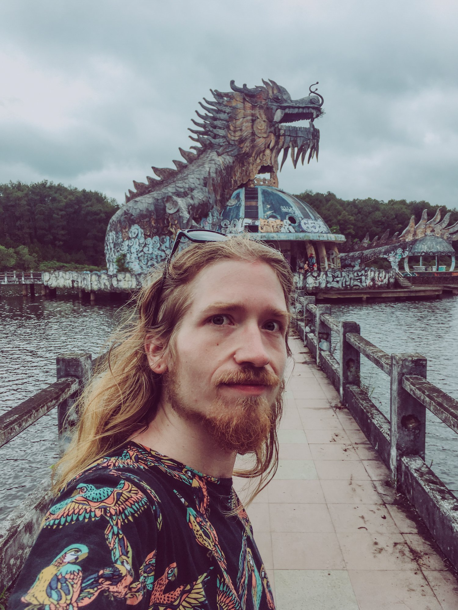 selfie with the dragon at the abandoned waterpark hue