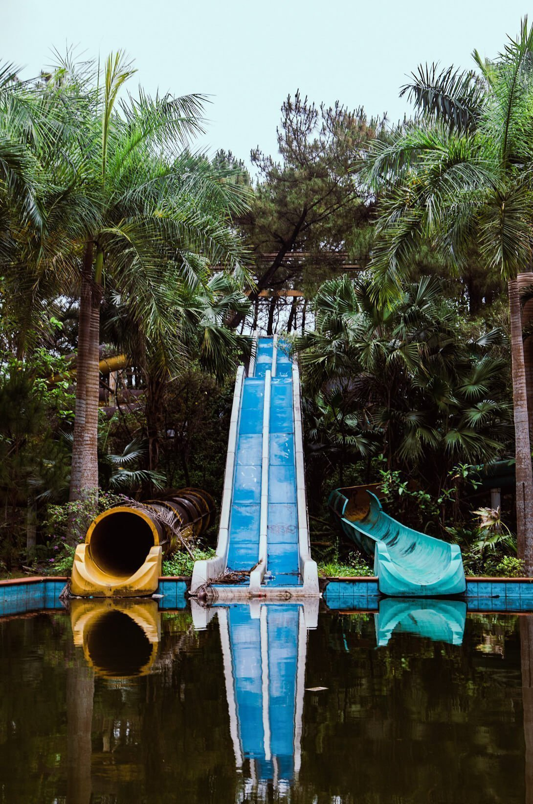 14 Photos That Will Make You Never Want To Visit The Abandoned Waterpark Hue Vietnam Local Nomads