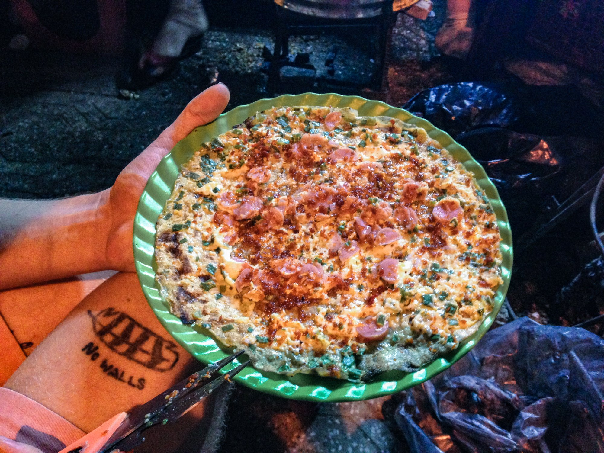 Dalat Pizza, Street Food in Vietnam