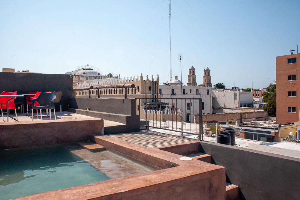 Hotel Urban rooftop pool