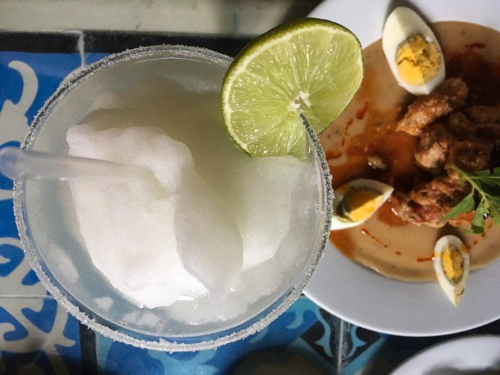lomitos de valladolid and a margarita