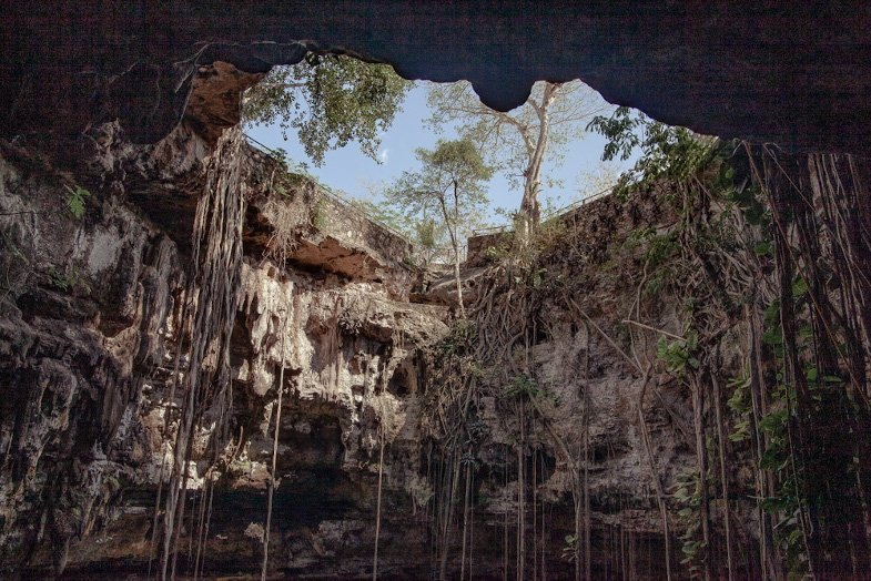 Cenote Oxman from inside